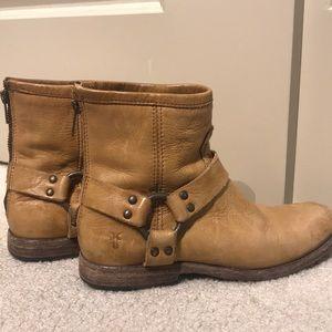 Frye Low Boot